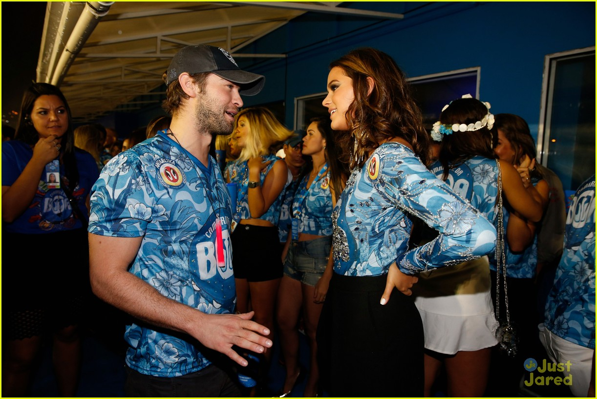chace crawford makes out with a brazilian singer in rio 10