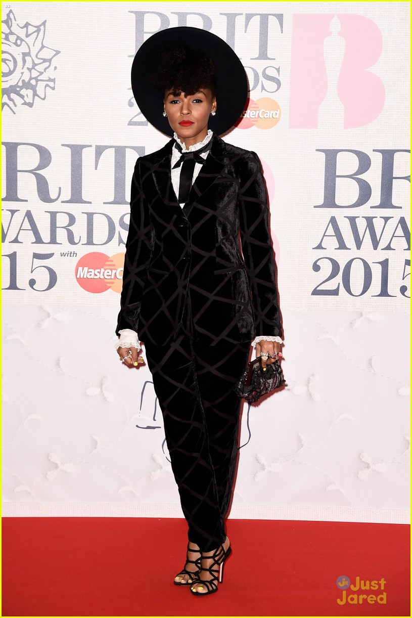 ellie goulding janelle monae brit awards 2015 16