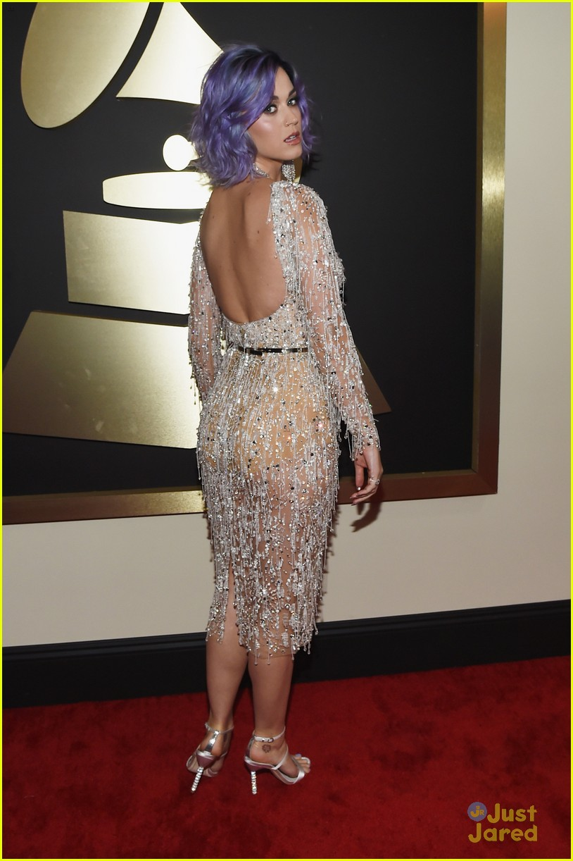 Katy Perry Works The Carpet At Grammys 2015 Photo 772470