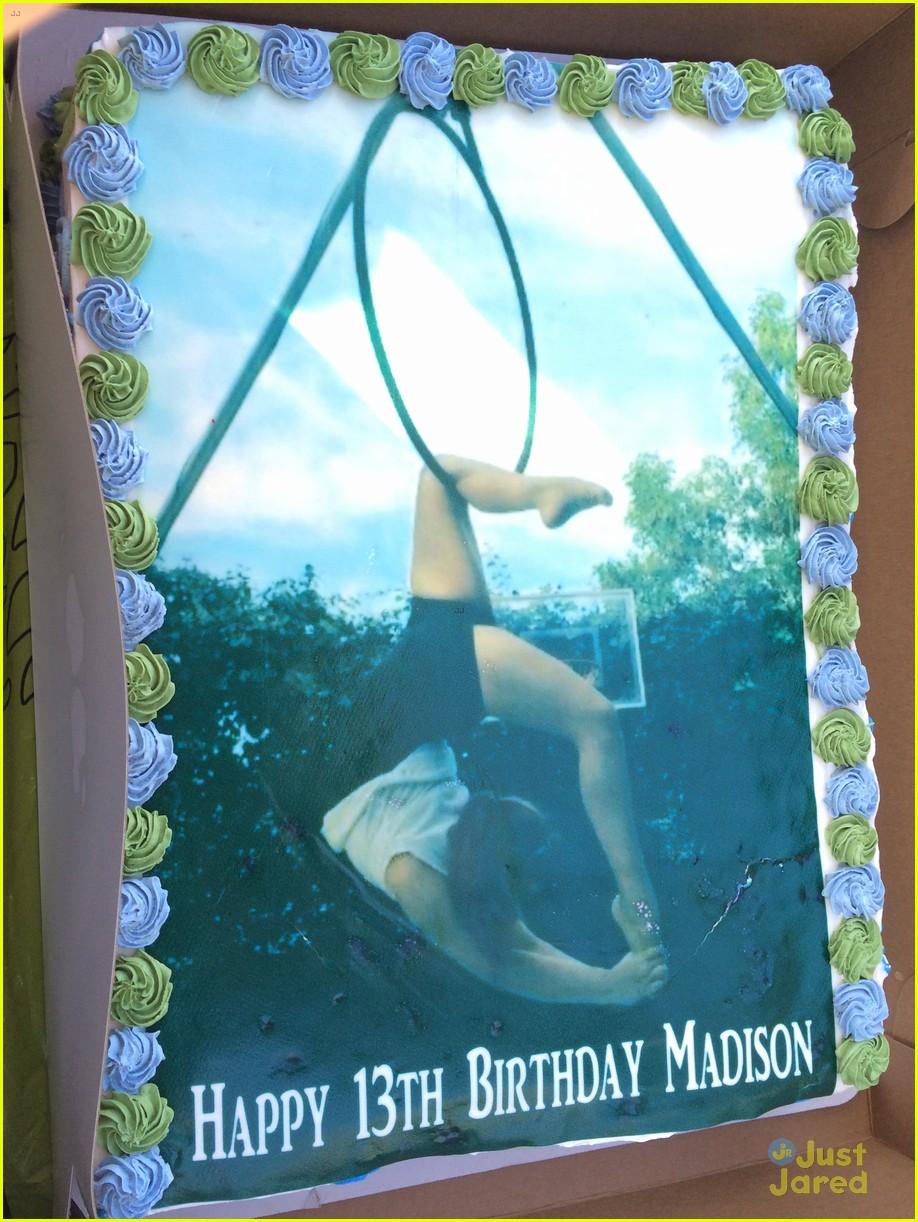 madison de la garza birthday party bea miller 05