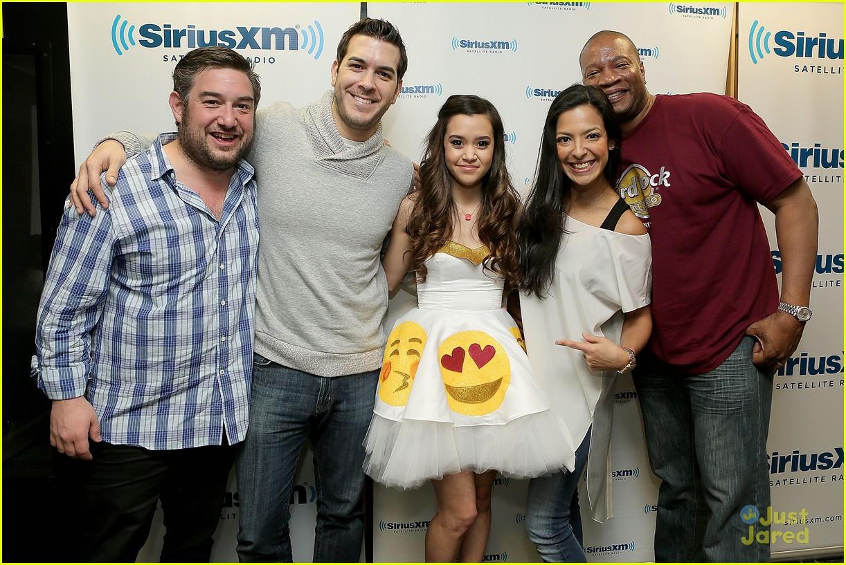 Stanley T Photos Photos - Demi Lovato Visits SiriusXM's Hits 1 ...