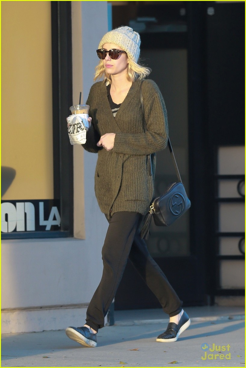 emma roberts evan peters run errands 12
