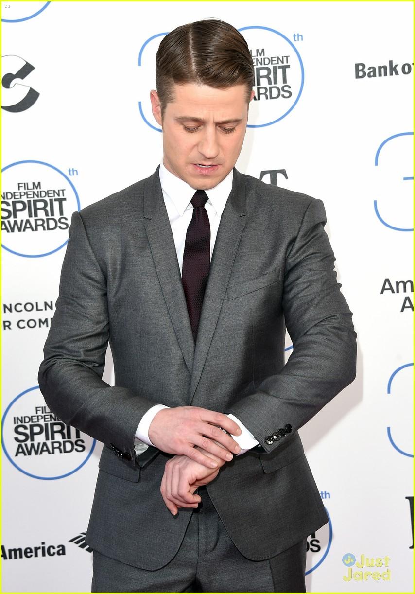 Paul Wesley Ben Mckenzie Suit Up At Spirit Awards 2015 Photo