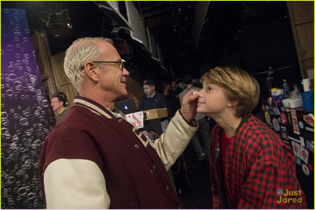 Jace Norman Takes JJJ Behind-the-Scenes of 'Henry Danger ...