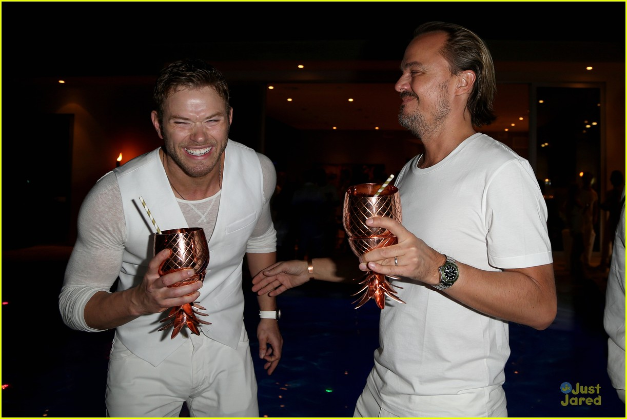 kellan lutz goes shirtless for his dirty 30 birthday party 05