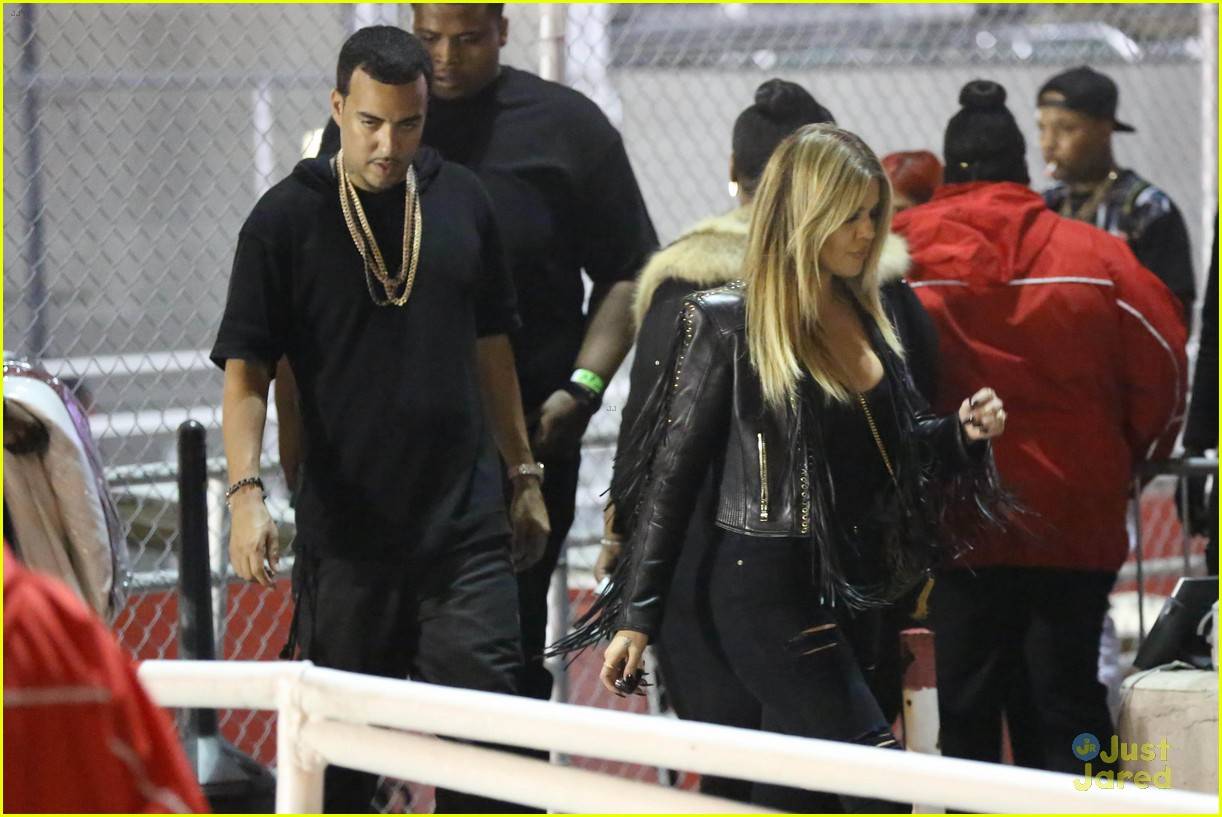 kylie jenner khloe kardashian double date at tygas concert 10
