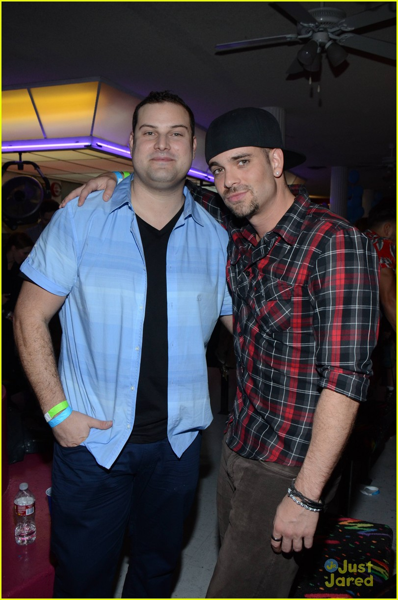 mark salling max adler glee throwback party 05