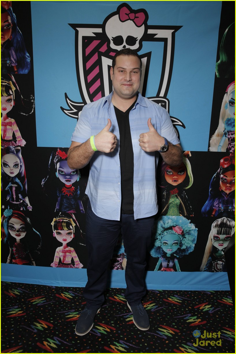 mark salling max adler glee throwback party 34
