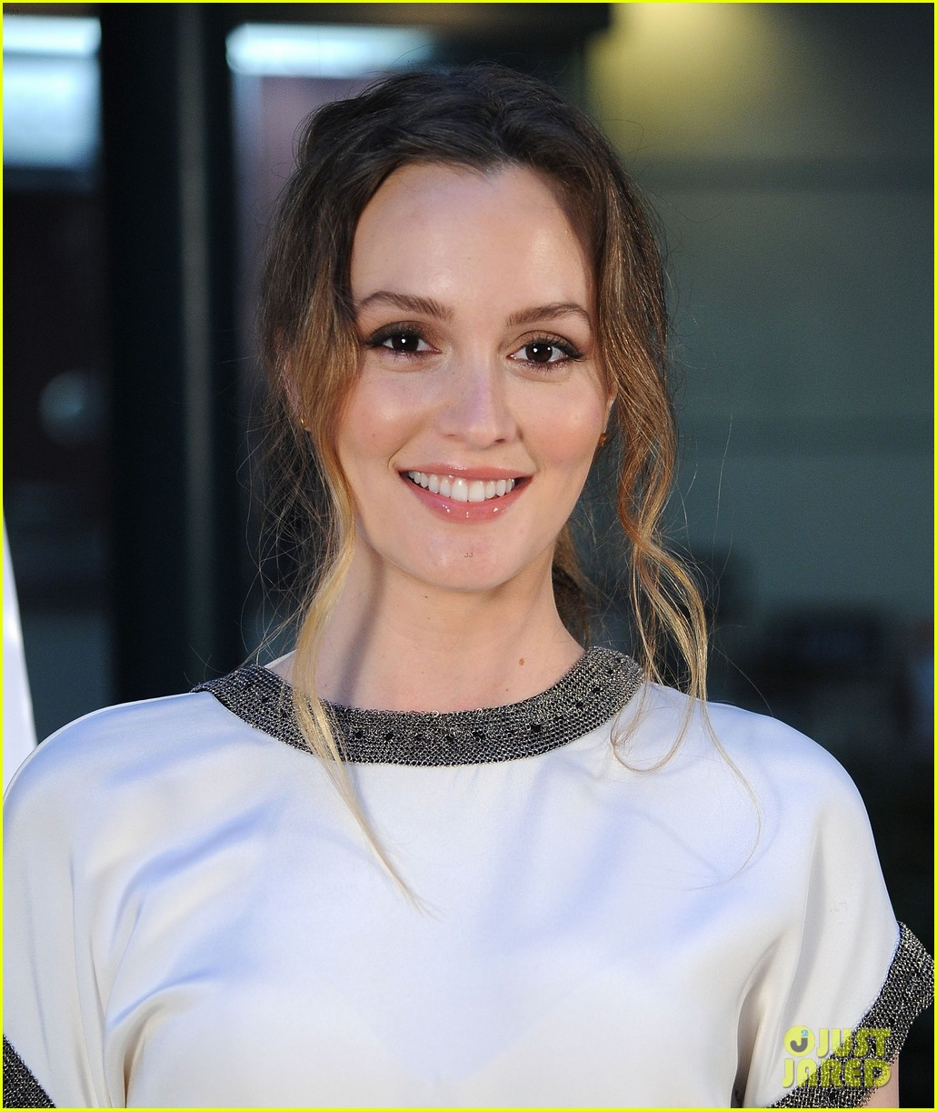 leighton meester sparkles at like sunday like rain california premiere 12