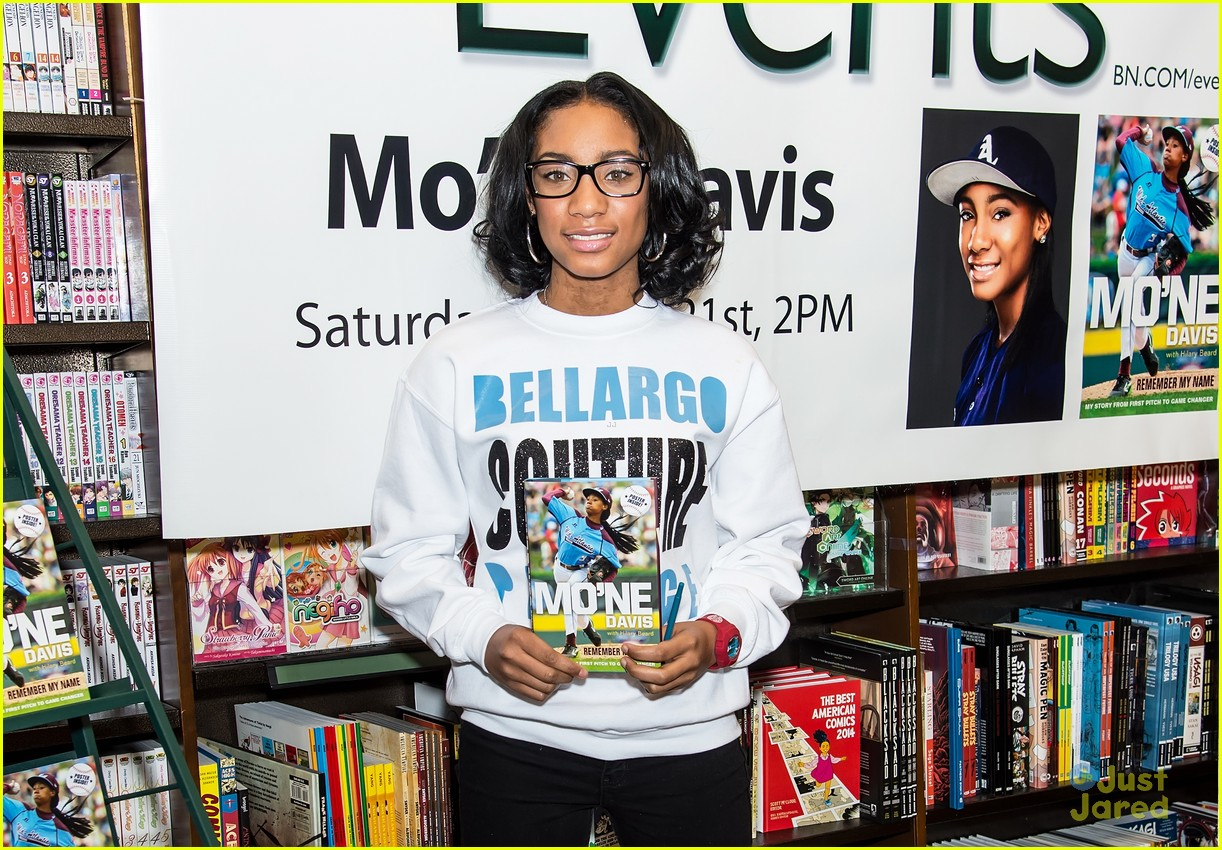 Mo'ne Davis Signs Copies Of Her New Book After DCOM Announcement