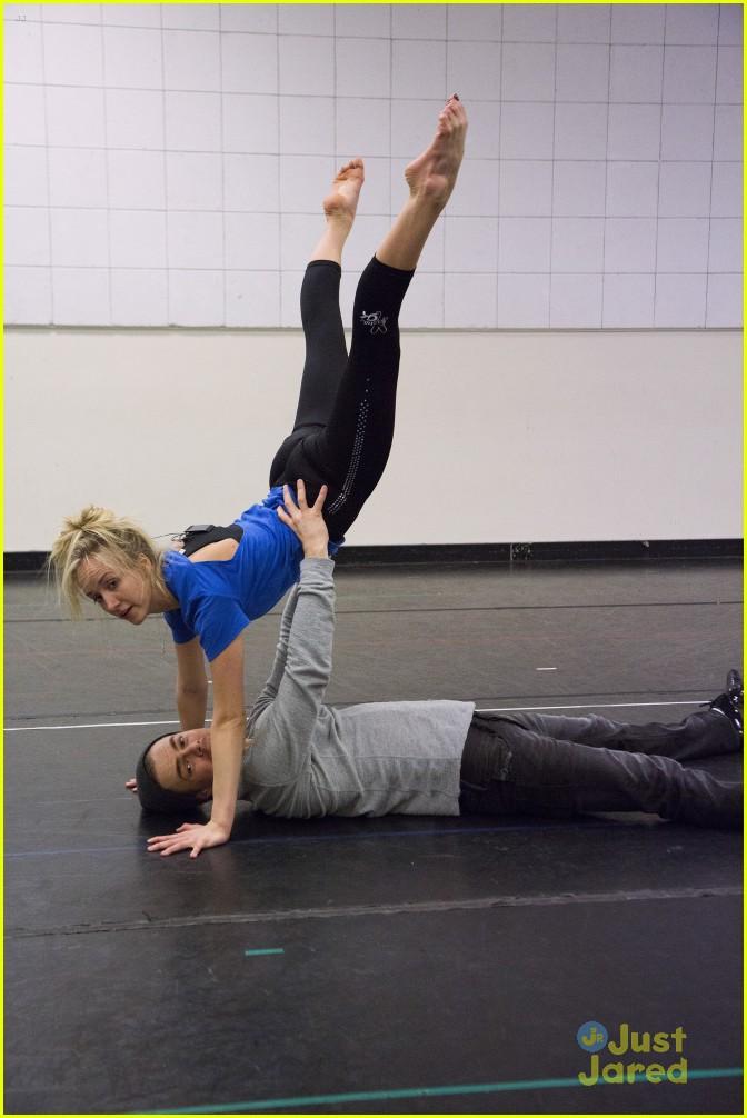 Zendaya Dancing With The Stars Rehearsal Derek Hough Spins Nast...
