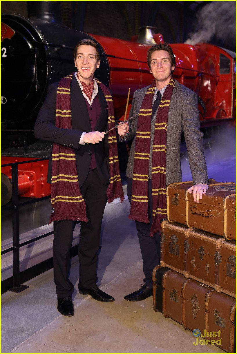 james oliver phelps hogwarts express launch 02