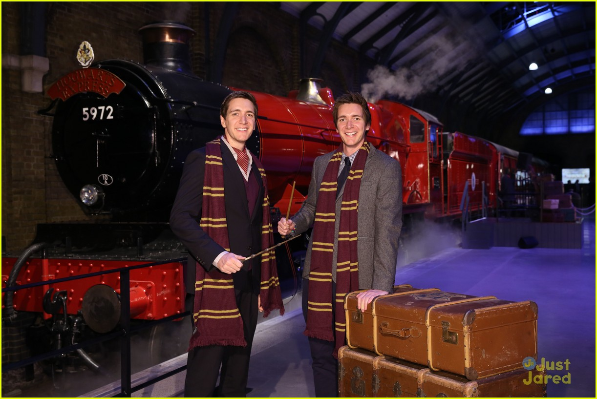 james oliver phelps hogwarts express launch 05