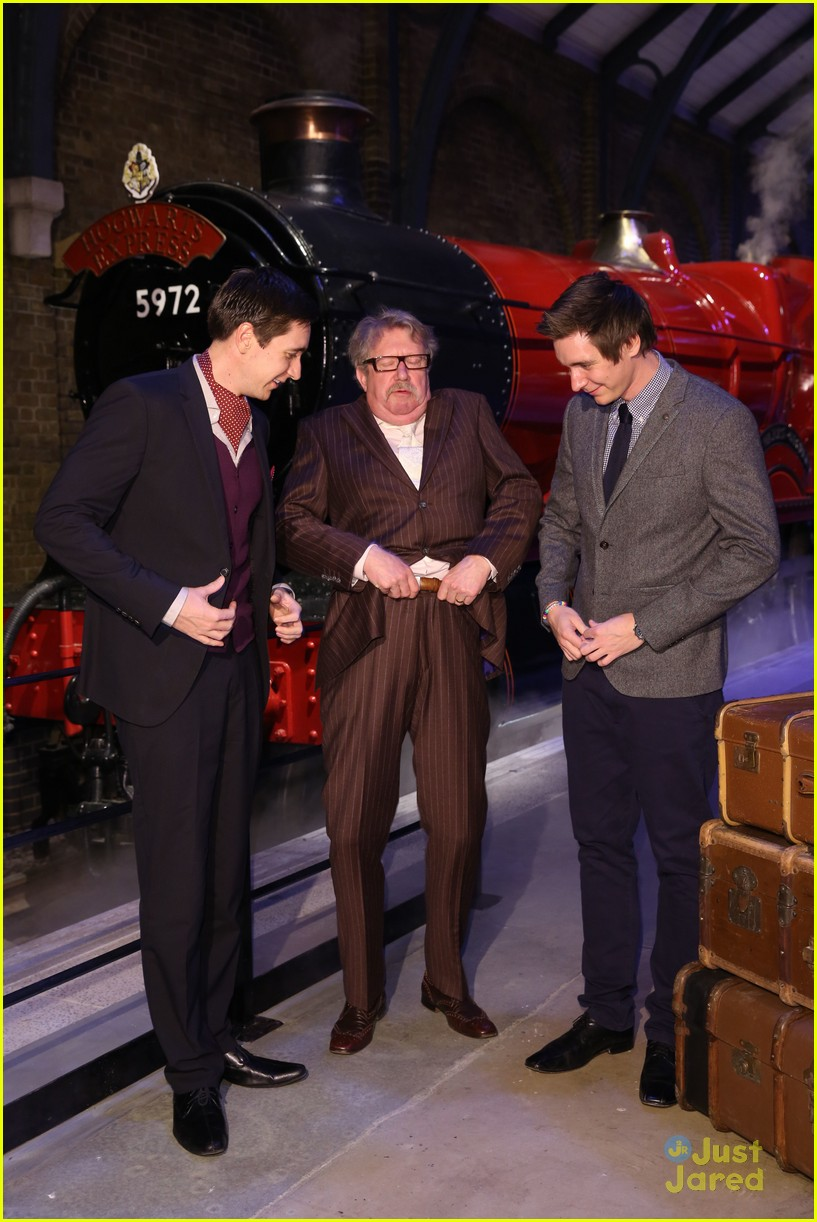james oliver phelps hogwarts express launch 09