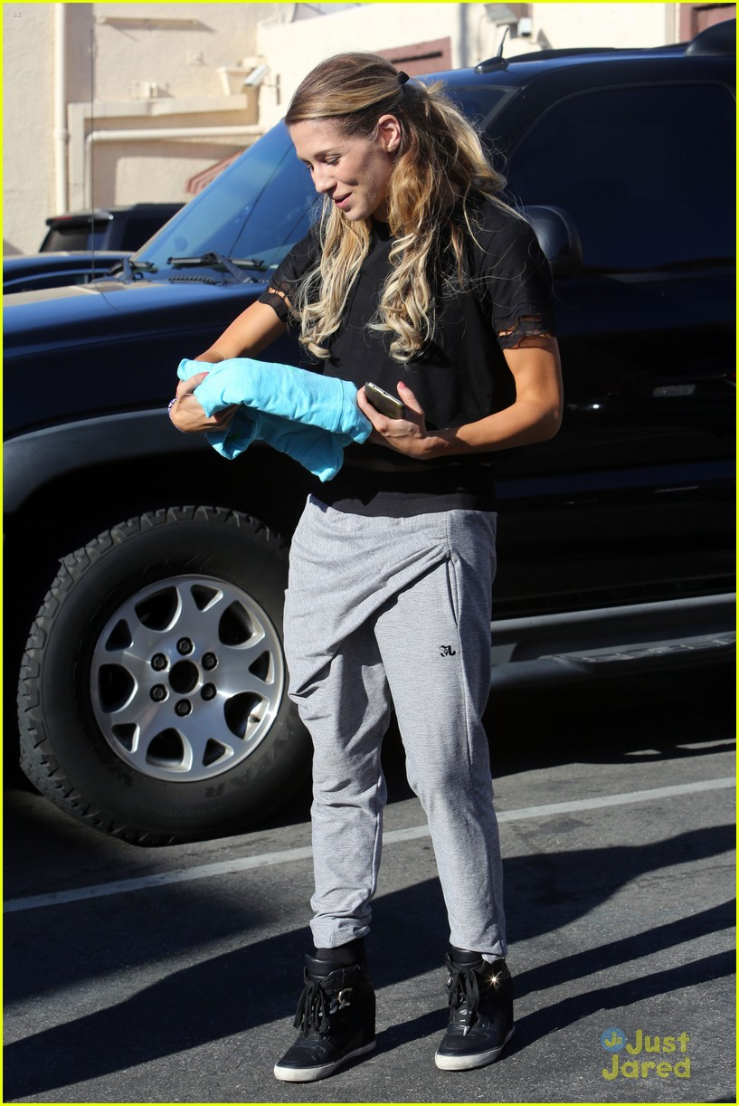 riker lynch allison holker week three practice 05