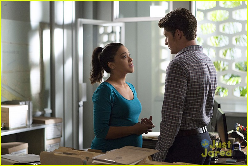 jane virgin chapter twenty stills 02