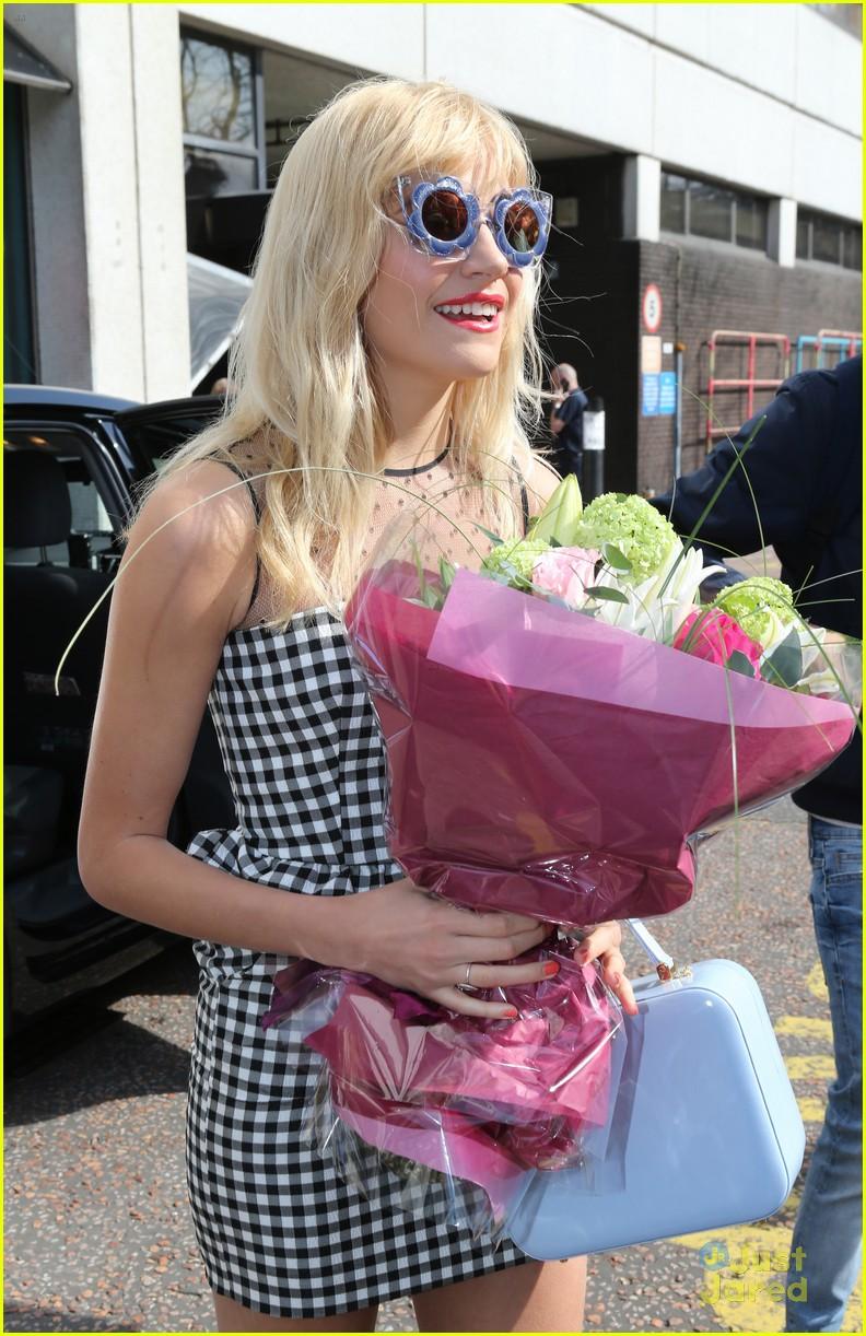 pixie lott funky glasses itv studios london 17