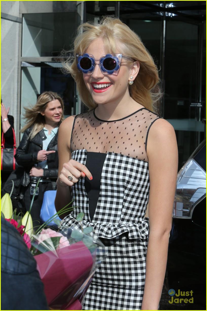 pixie lott funky glasses itv studios london 18