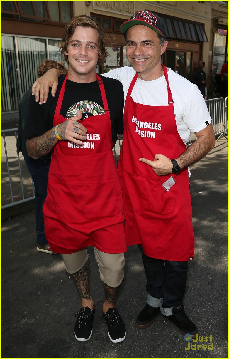 ryan sheckler joel courtney mission good friday 03