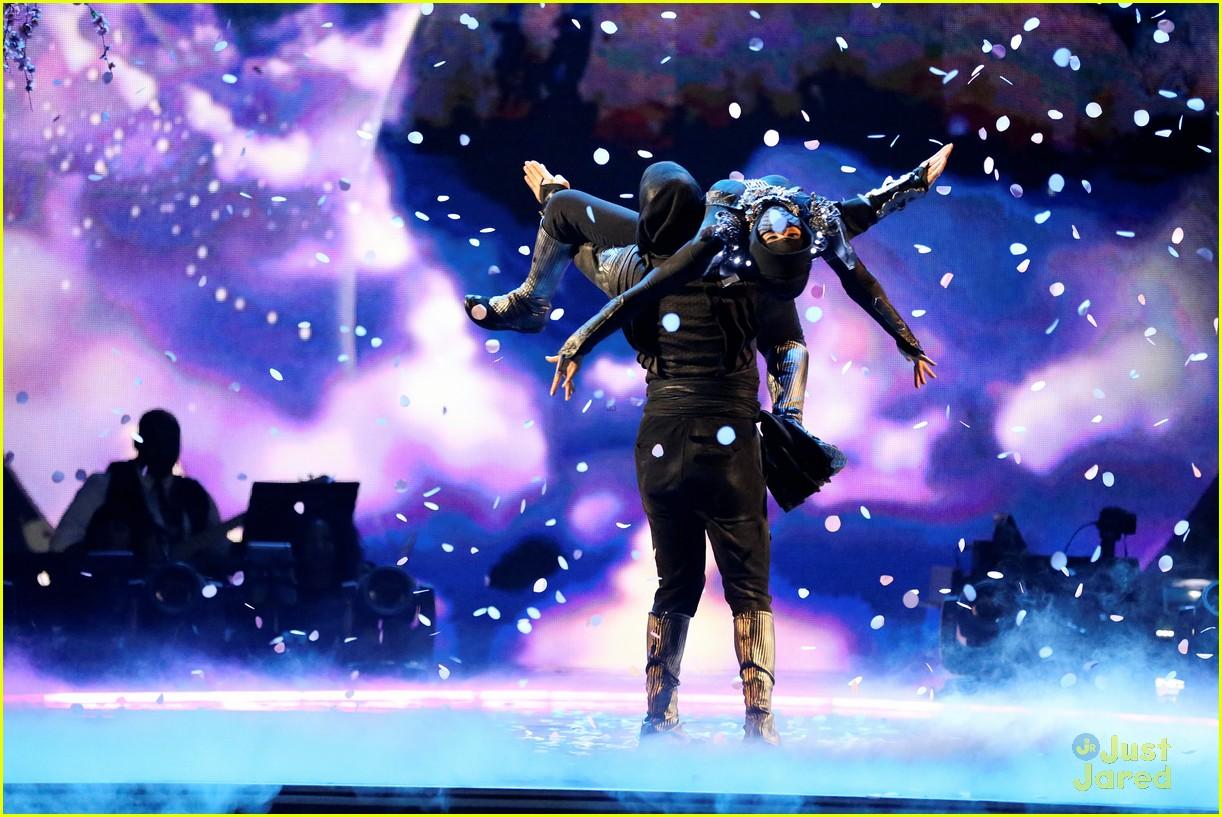 willow shields mark ballas futuristic ninjas dwts 07