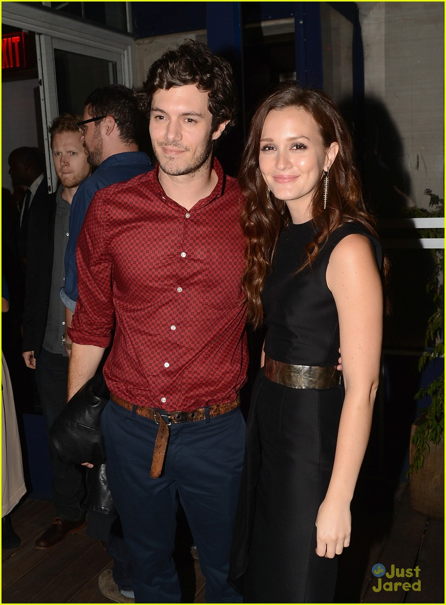 leighton meester pregnant expecting baby with adam brody 02