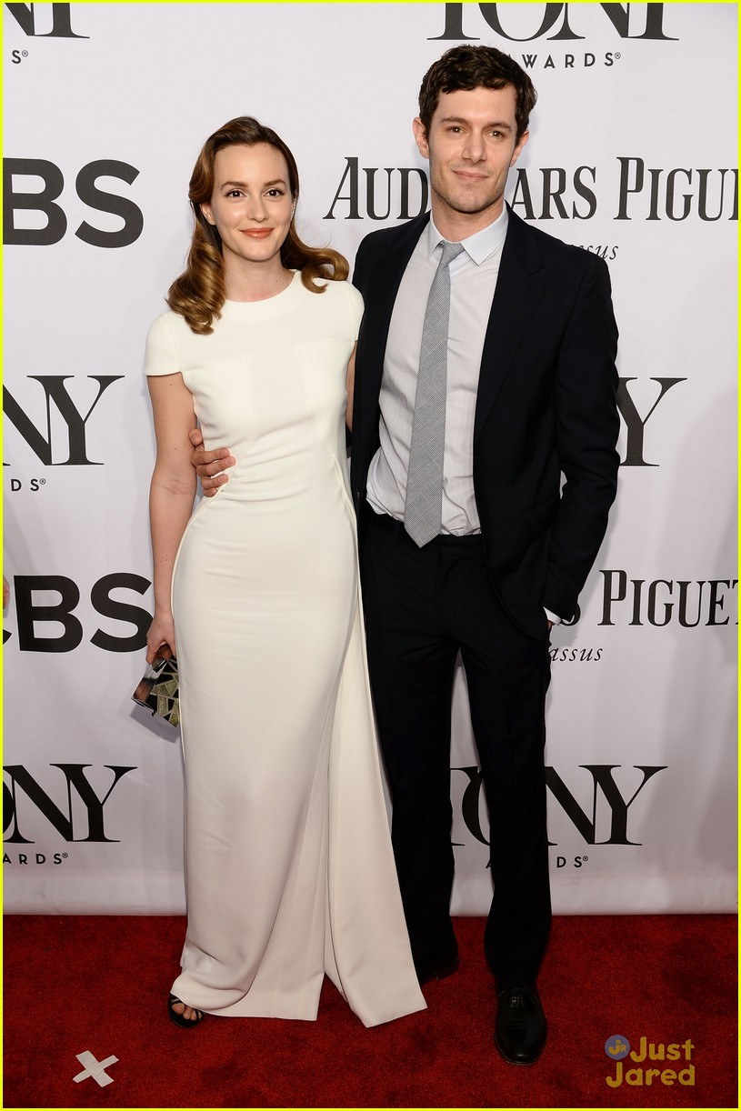leighton meester pregnant expecting baby with adam brody 10