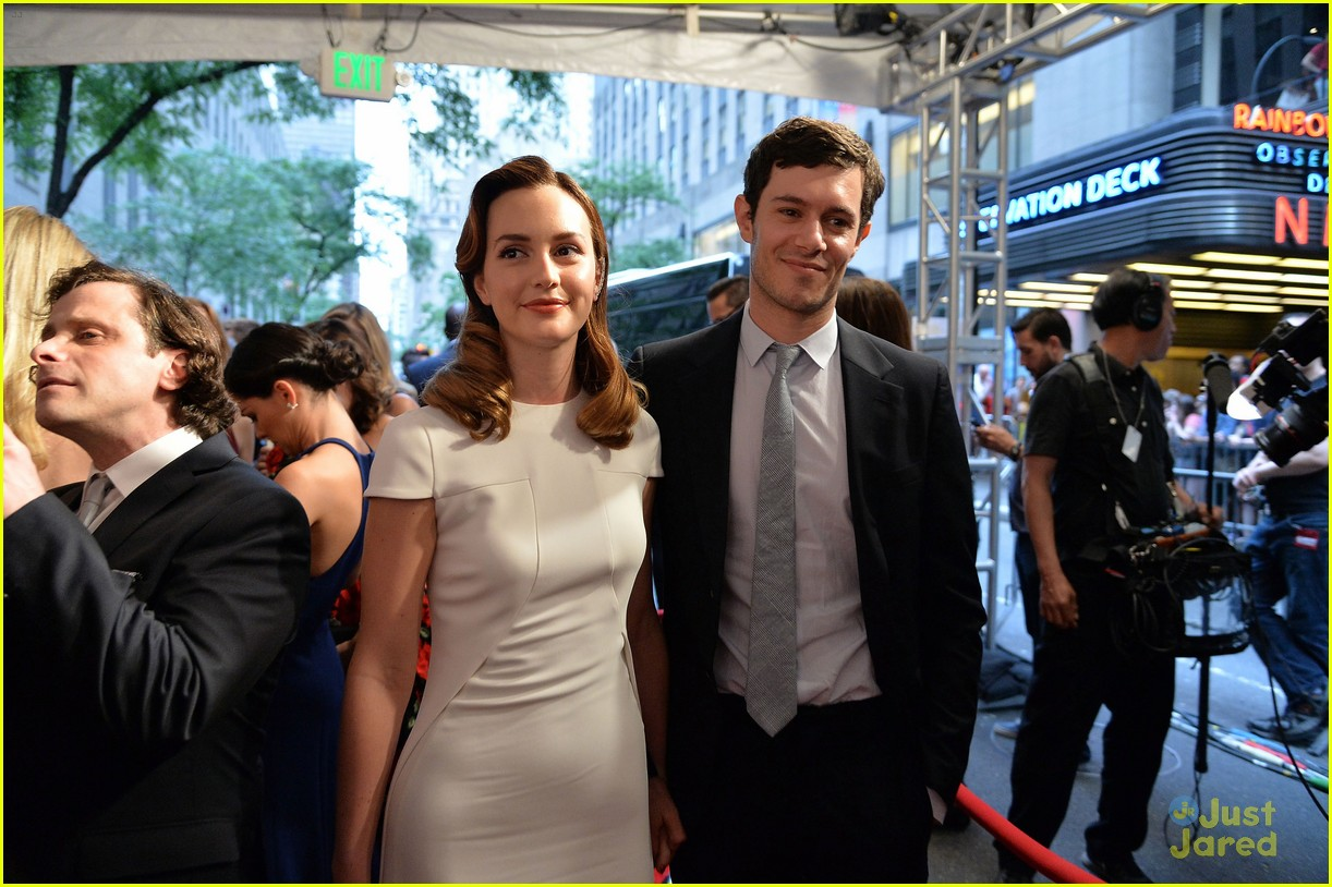 leighton meester pregnant expecting baby with adam brody 14