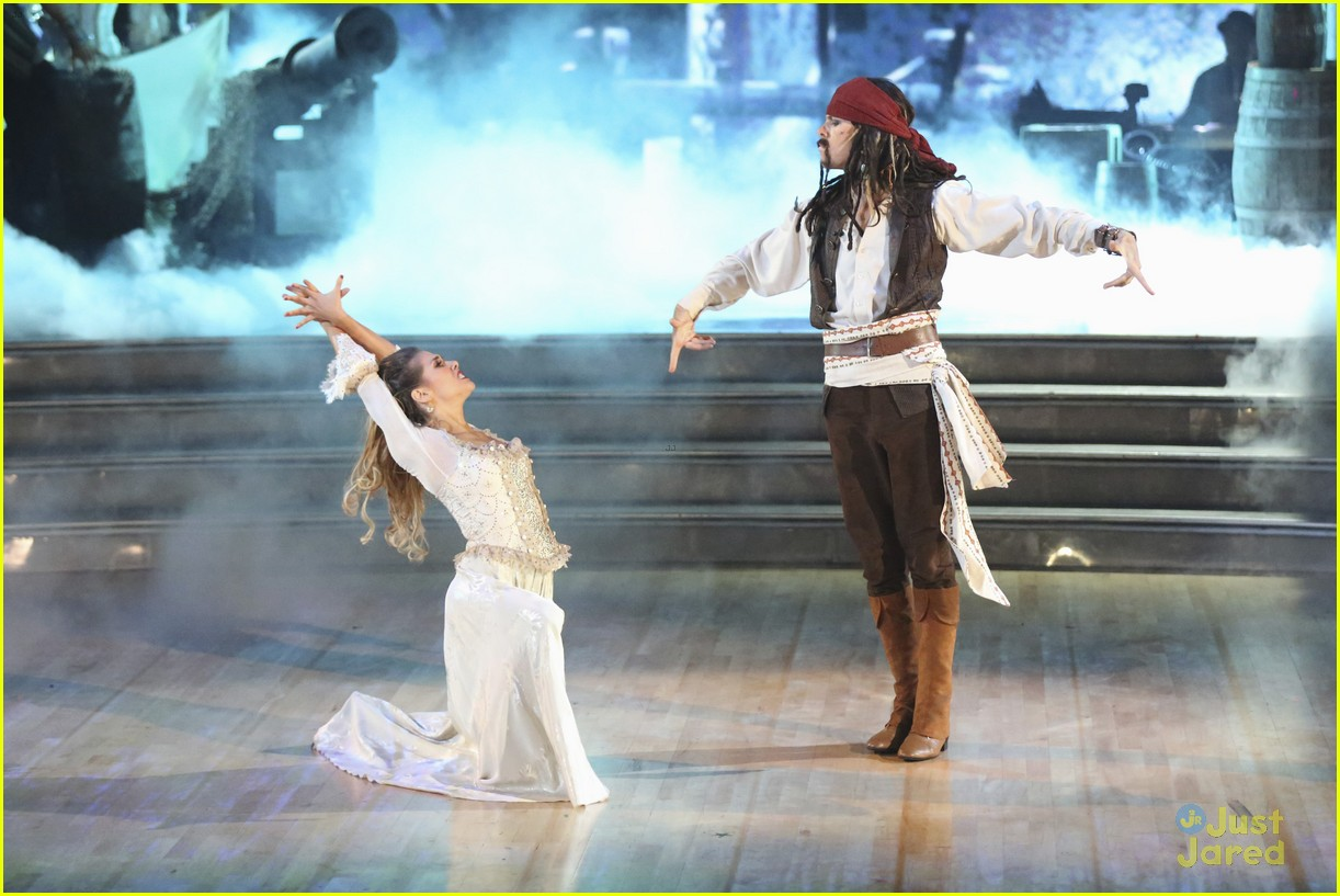 riker lynch allison holker dwts finals 11
