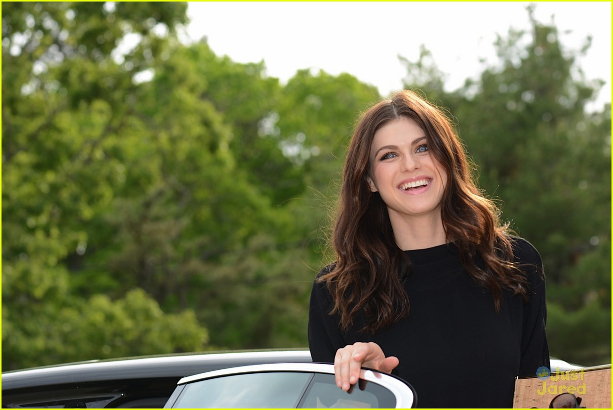 alexandra daddario beach modlux cover party 01