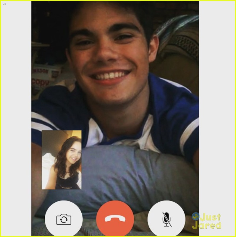 bailee madison emery kelly late night facetime 04