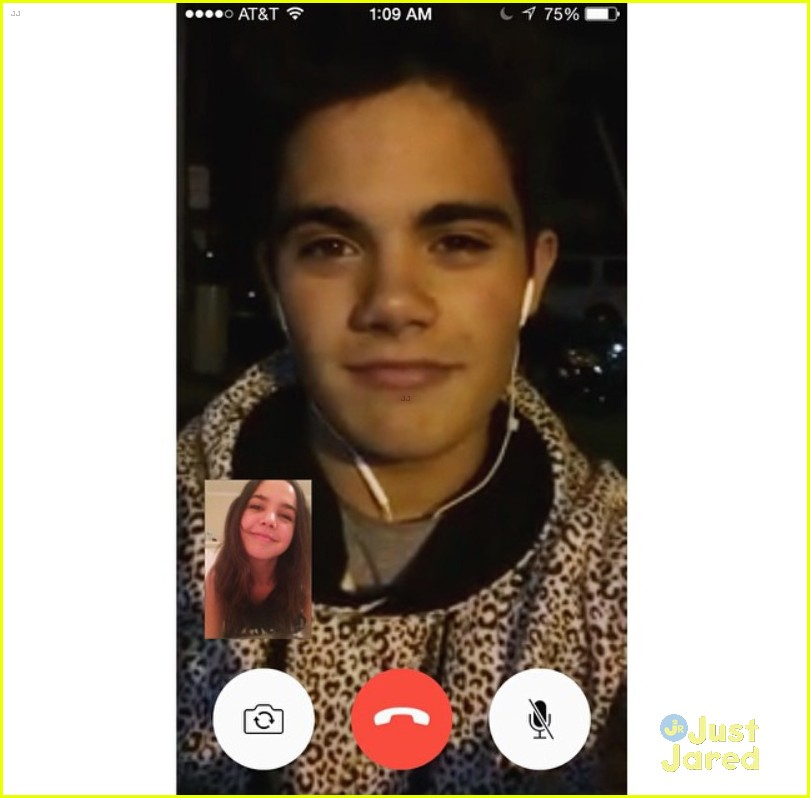 bailee madison emery kelly late night facetime 05
