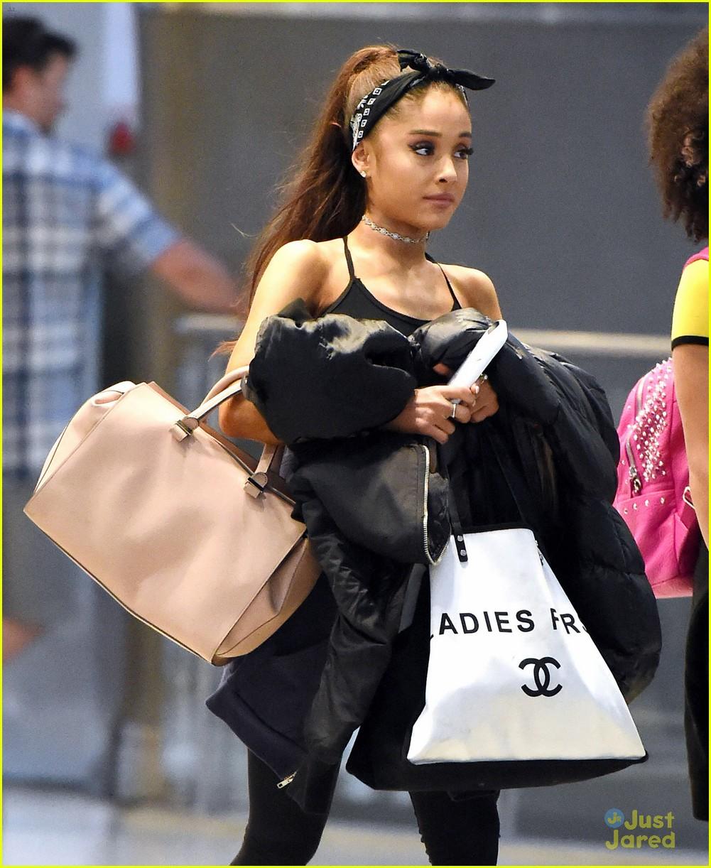 Ariana (actress) Ariana (actress) new foto