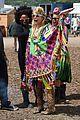 jenna coleman suki waterhouse 2015 glastonbury 06
