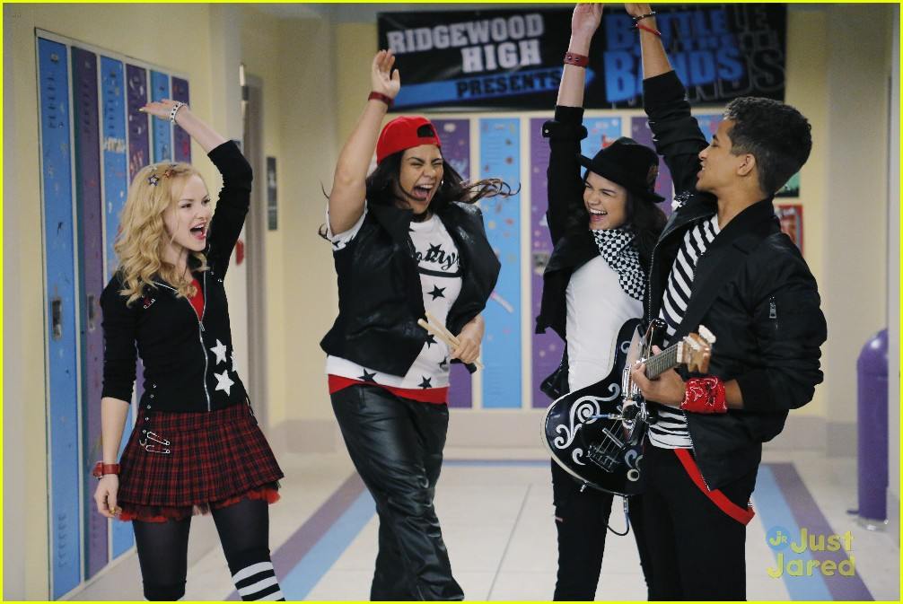 liv maddie battle bands stills 04