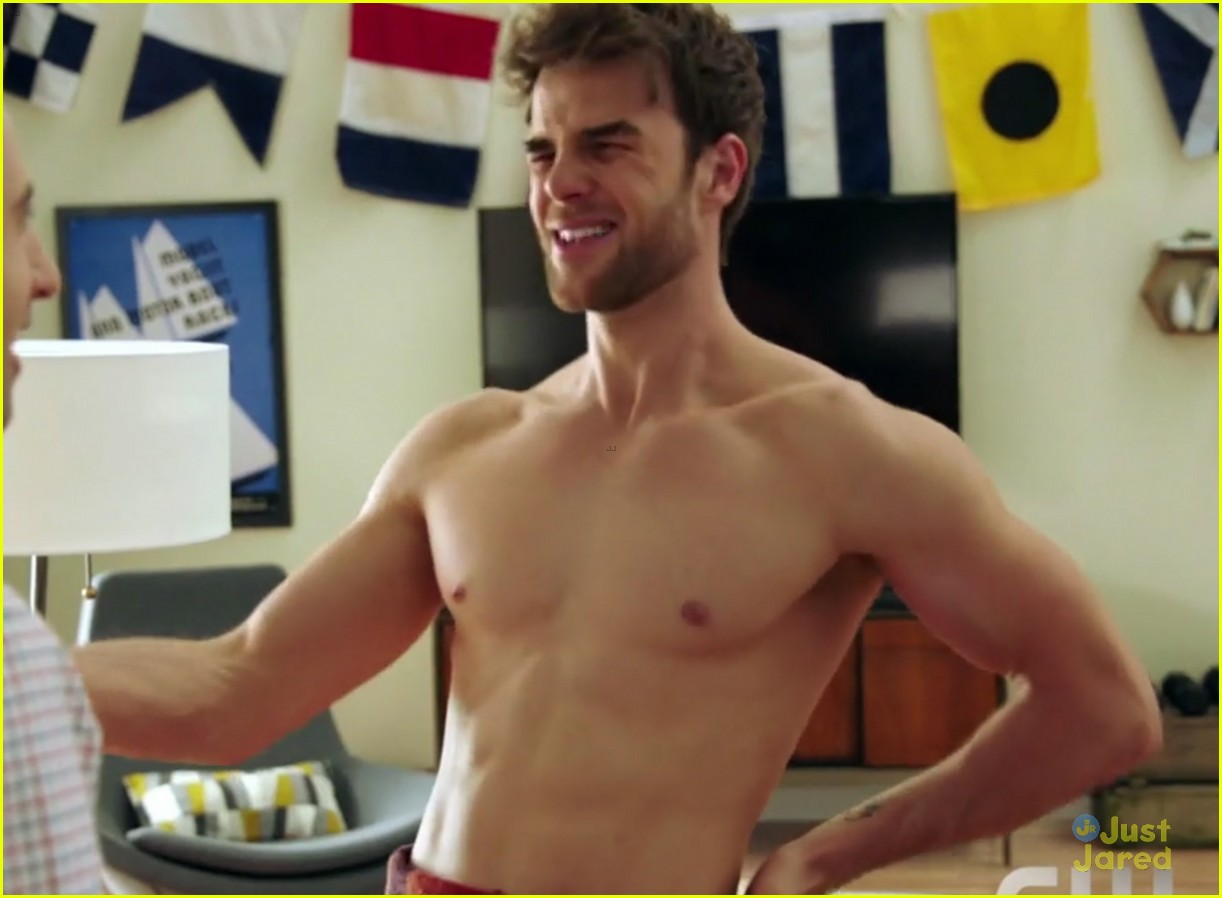 Nathaniel Buzolic Goes Shirtless in Significant Mother