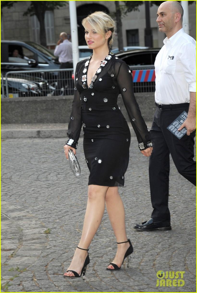 257b77f5a434 Elizabeth Olsen   Dianna Agron Get Dressy for Miu Miu Launch