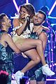 becky g sofia reyes rule premios juventud 2015 performance pics 02