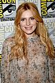 bella thorne scream renewed question more nina scream sdcc 03