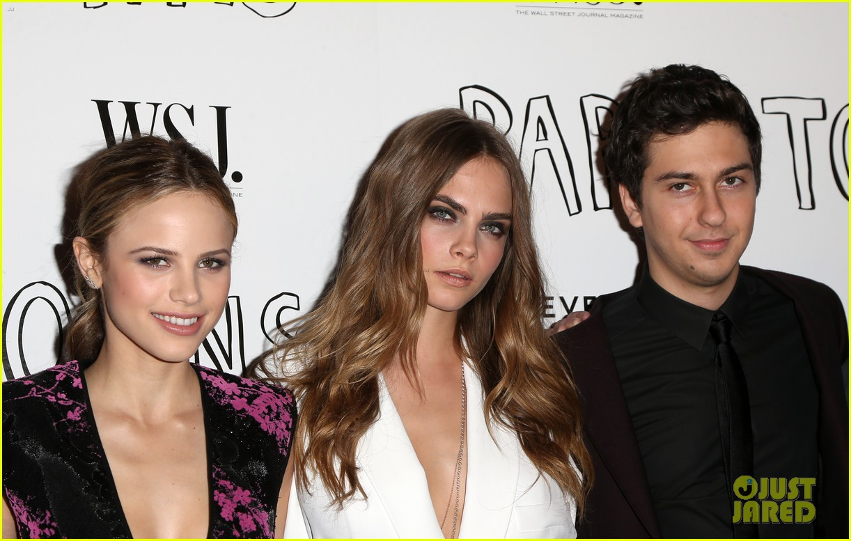 cara delevingne nat wolff paper towns west hollywood 11