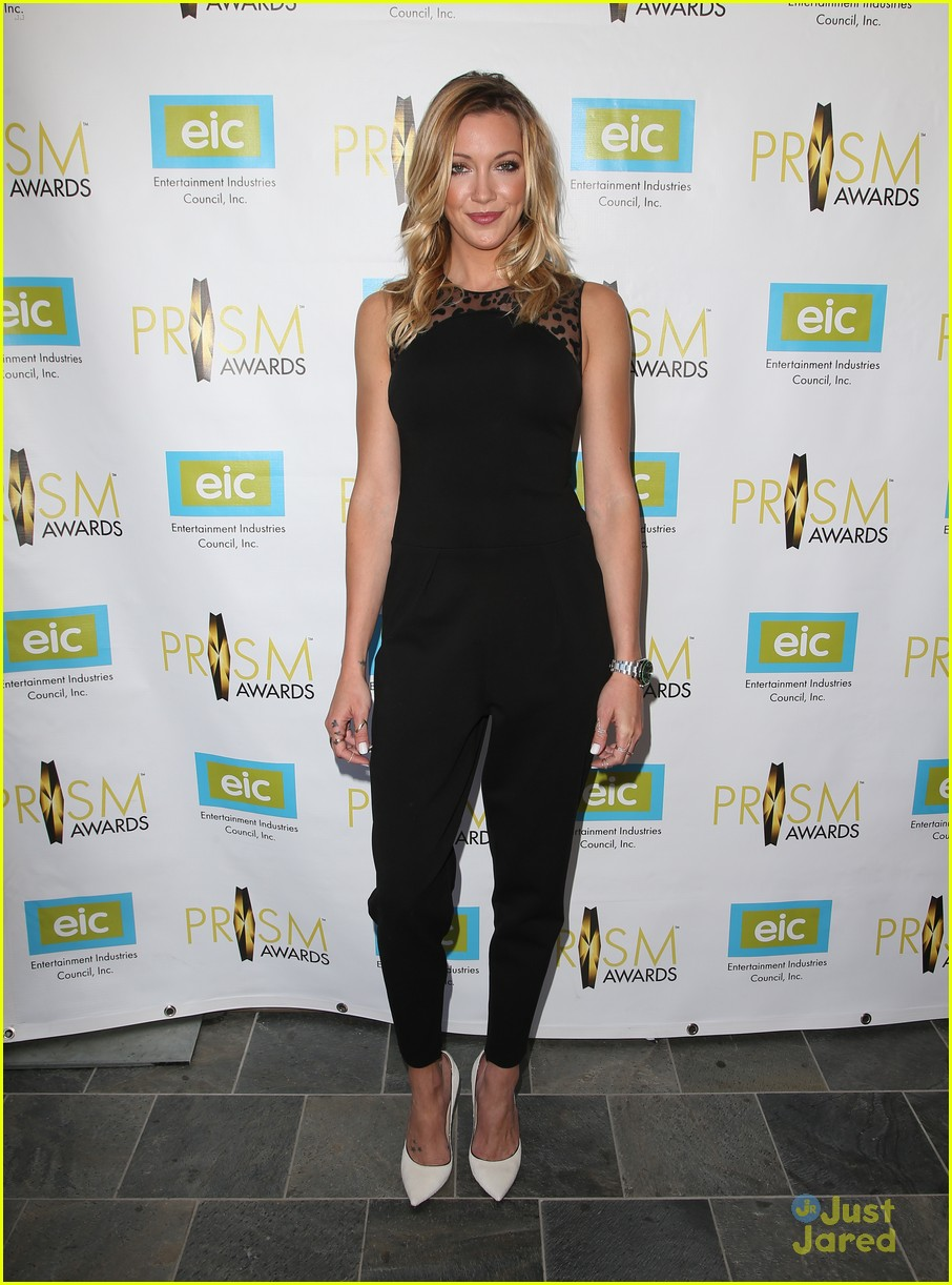 katie cassidy prism awards los angeles win 06
