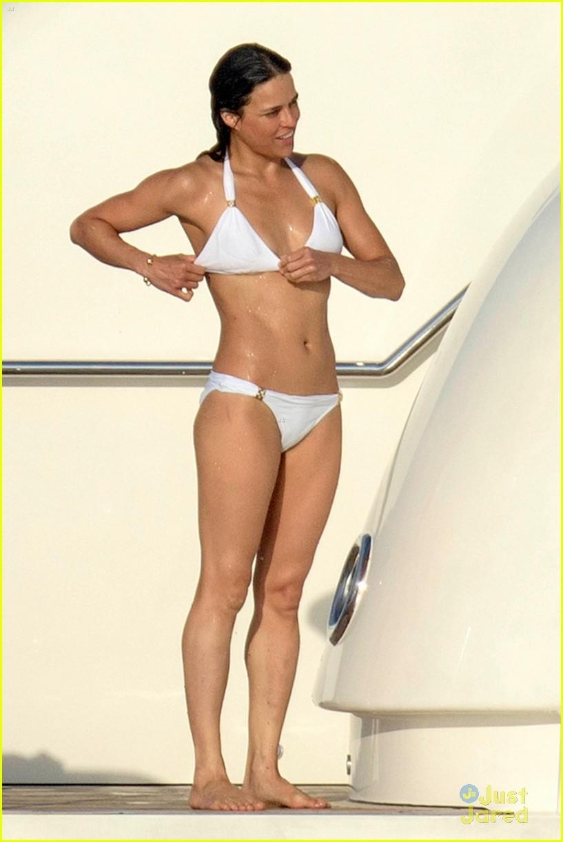nina dobrev wears a monokini alongside shirtless boyfriend austin stowell 12