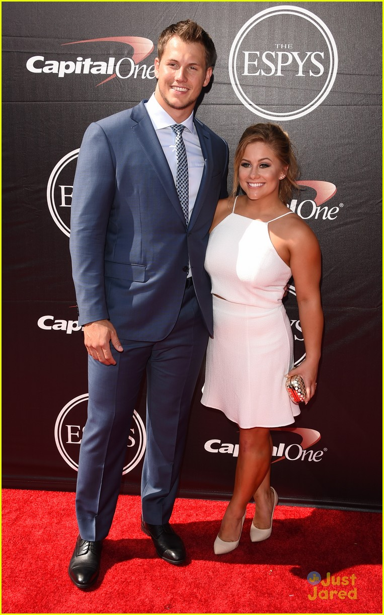 shawn johnson andrew east 2015 espy awards 02