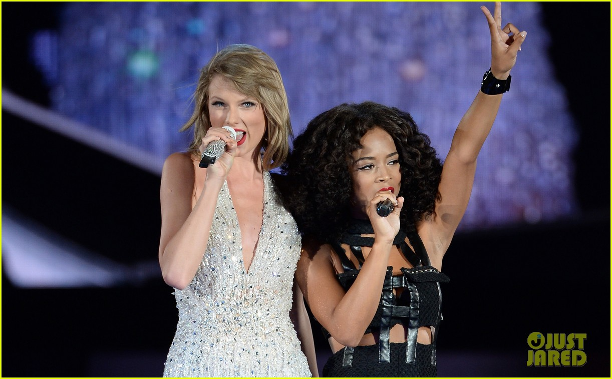 taylor swift welcomes andy grammer serayah 1989 tour 03