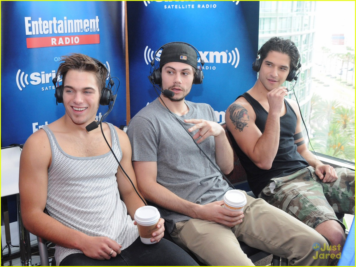 Tyler Posey Goes Shirtless Wears Only Underwear At Comic Con Event