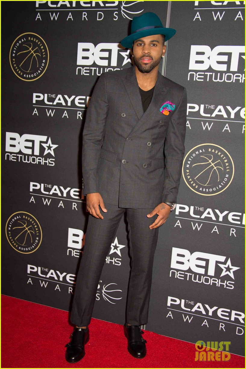jesse williams jason derulo fifth harmony live it up at the players awards 32