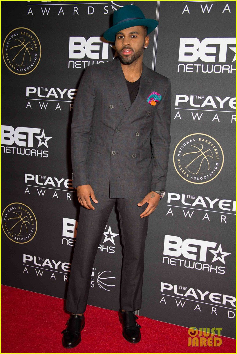 jesse williams jason derulo fifth harmony live it up at the players awards 33