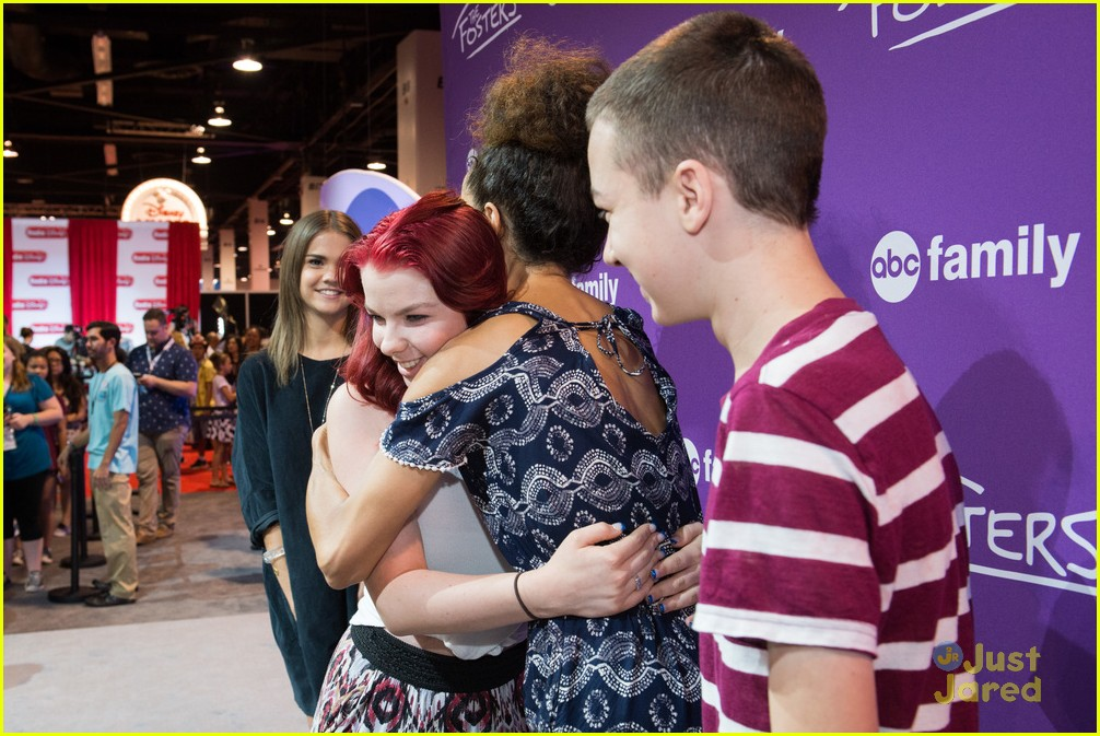 Maia mitchell jonathan sadowski hit up abc family meet greet at maia mitchell jonathan sadowski abc family casts d23 expo 09 m4hsunfo Image collections