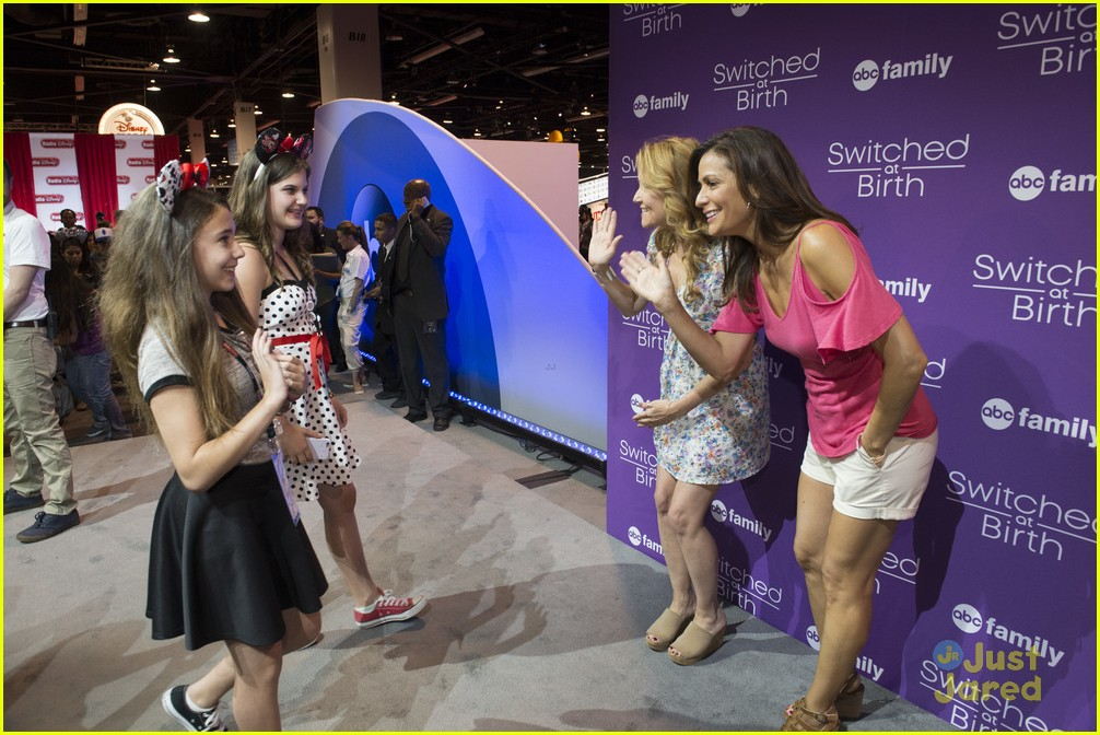 Maia mitchell jonathan sadowski hit up abc family meet greet at maia mitchell jonathan sadowski abc family casts d23 expo 21 m4hsunfo Image collections