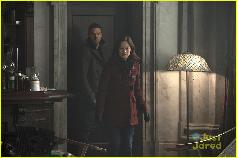 batb sins of father social stills 04