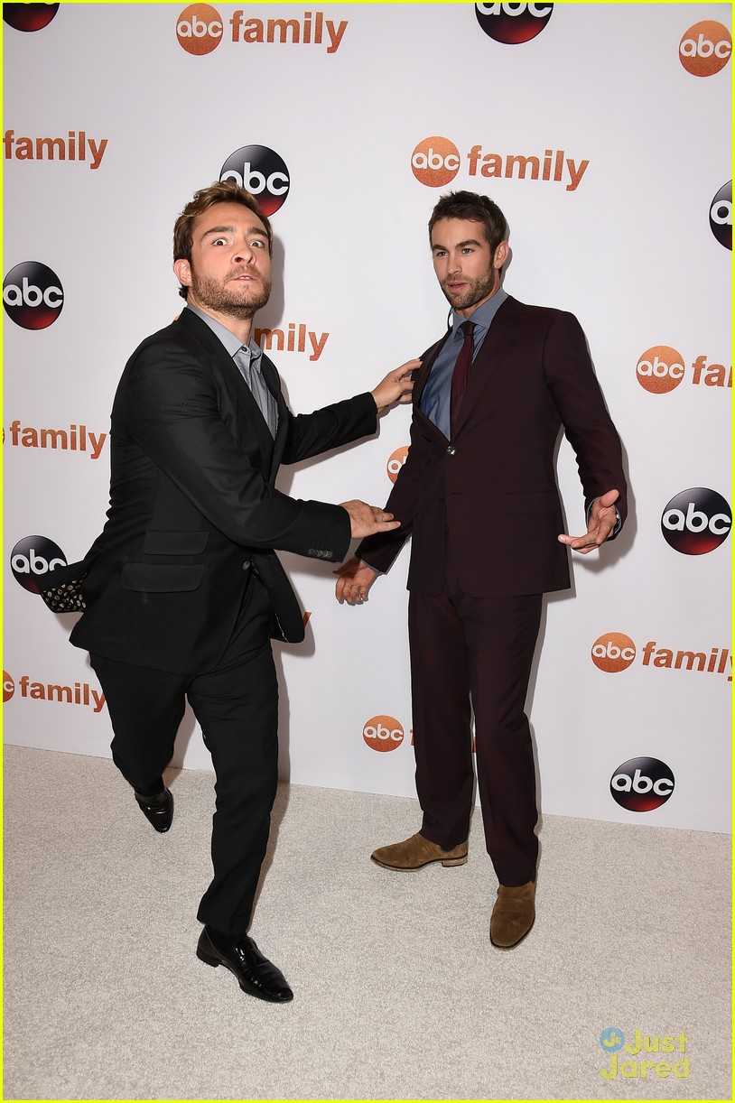 chace crawford ed westwick abc tca party 03